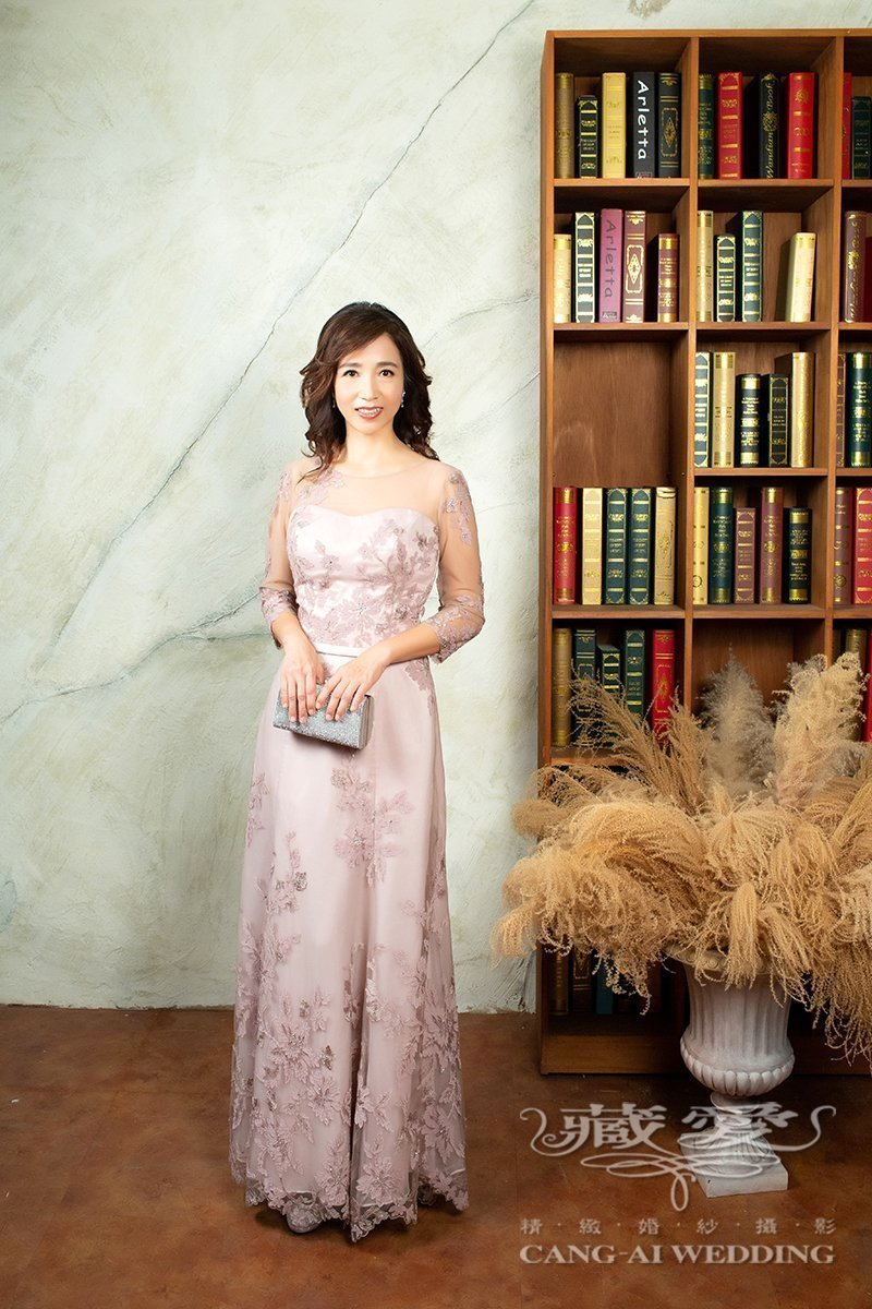 mothers gown 1 20
